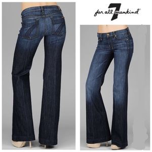 FABULOUS!  7 for all Mankind Dojo flair Jeans